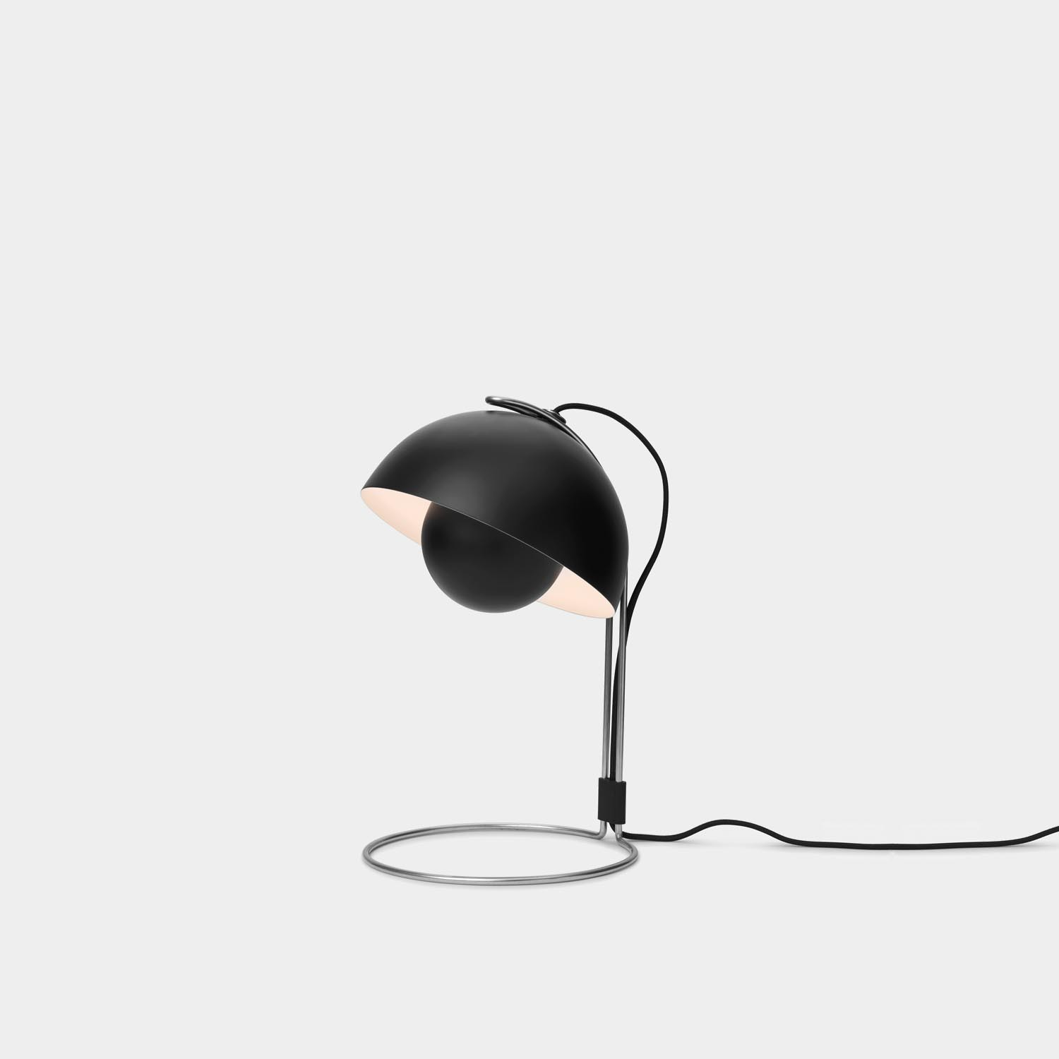 FlowerPot VP4 Lamp, Matte Black