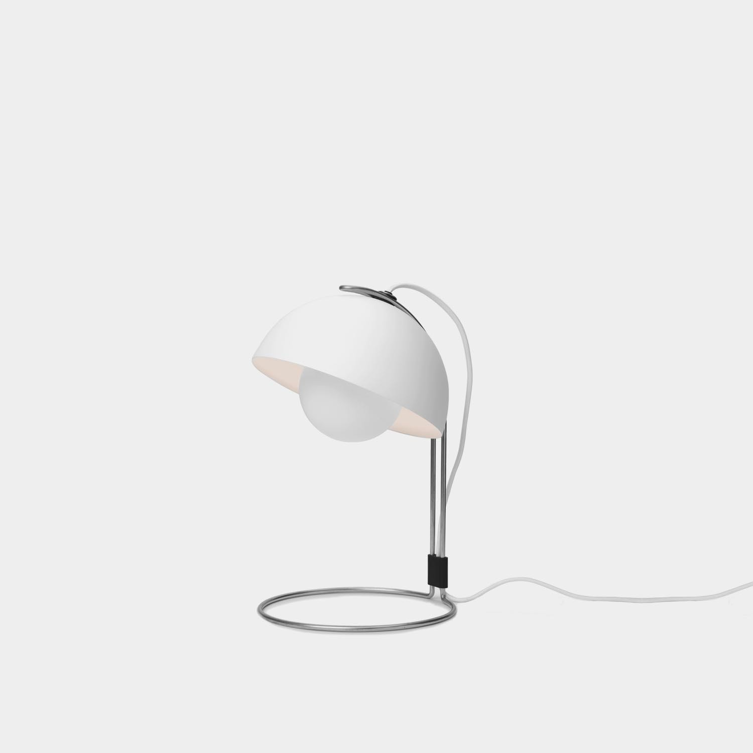 FlowerPot VP4 Lamp, Matte White