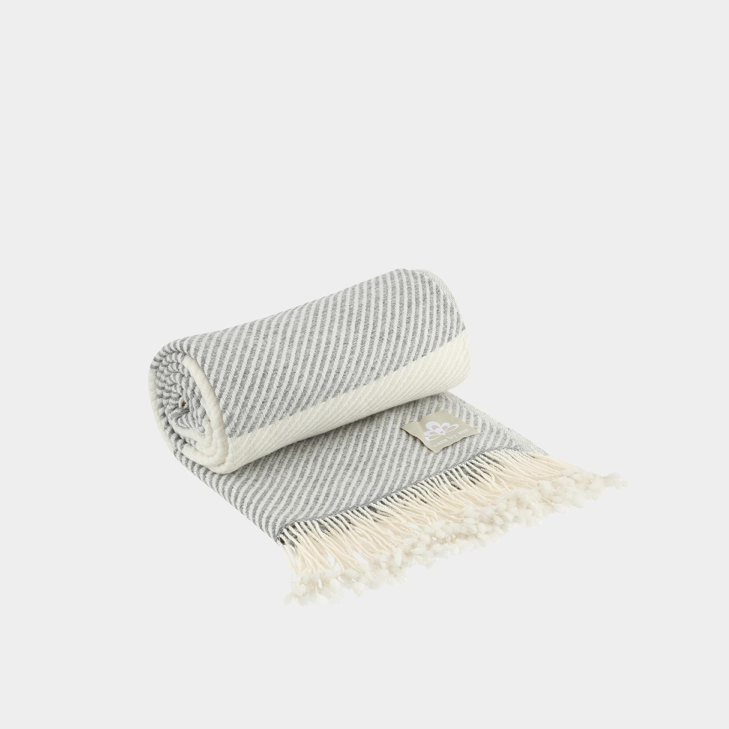 Solene Throw, Gray & White
