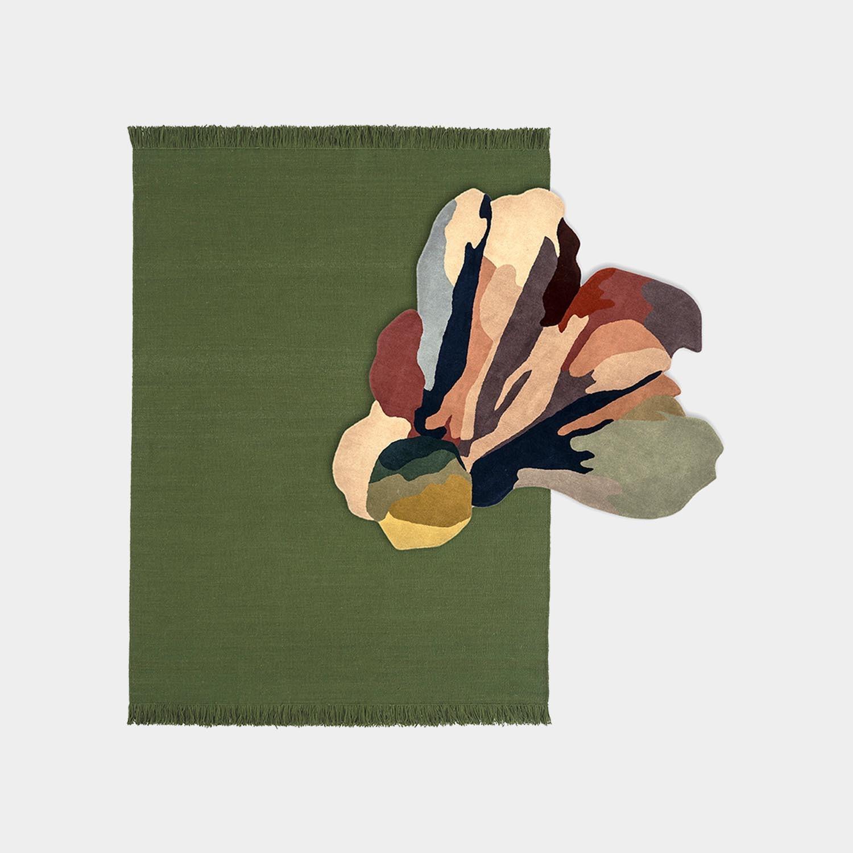 Composition Rug Colors Basil Medium + Bloom 1