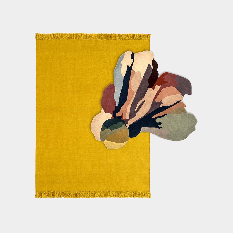 Composition Rug Colors Nectar Medium + Bloom 1