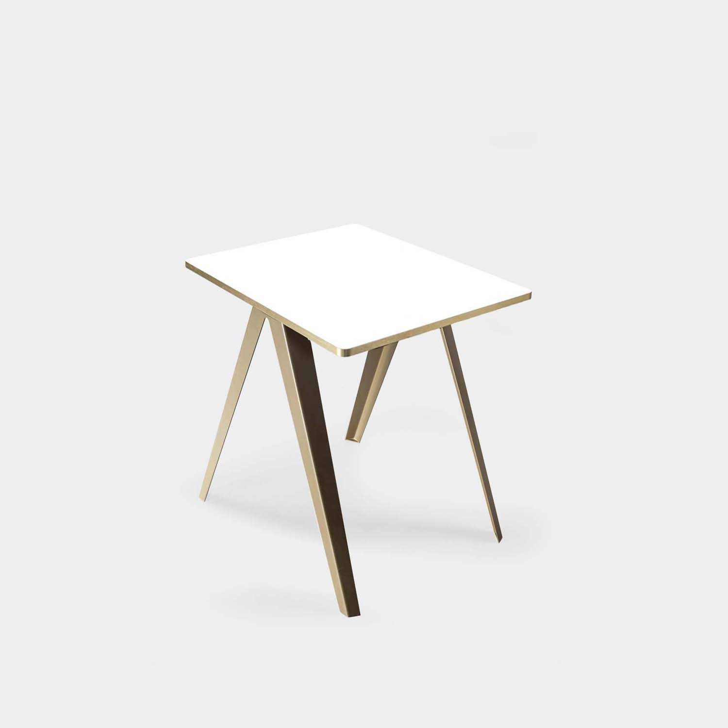 Sanba Table, White/Gold Top, Gold Structure