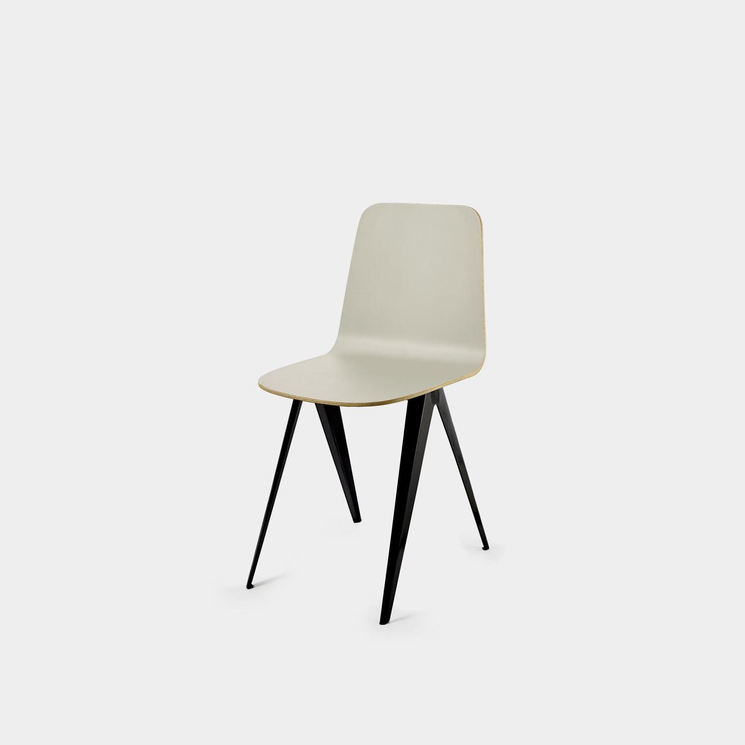 Sanba Chair, Black/Off White