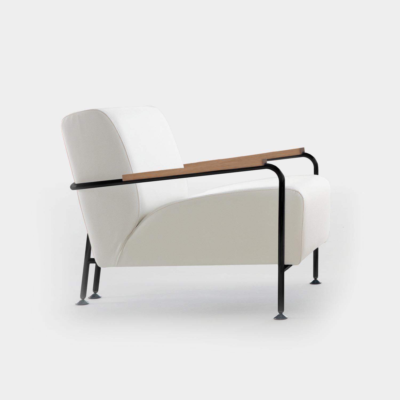 Colubi Armchair, Black Structure, White Leather, Natural Oak Armrests