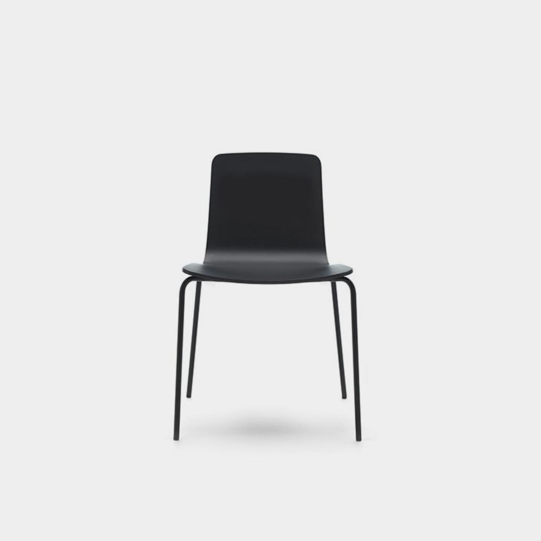 Klip Chair, Black, Black Legs, Stackable