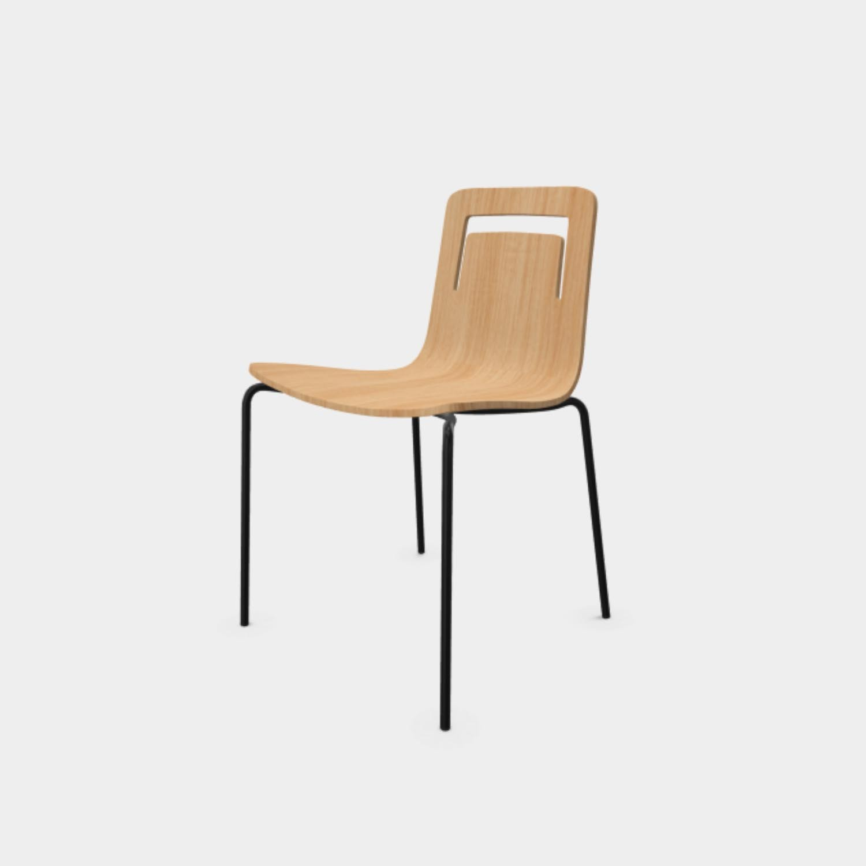 Klip Chair with Handle, Natural Oak, Black Legs, Stackable
