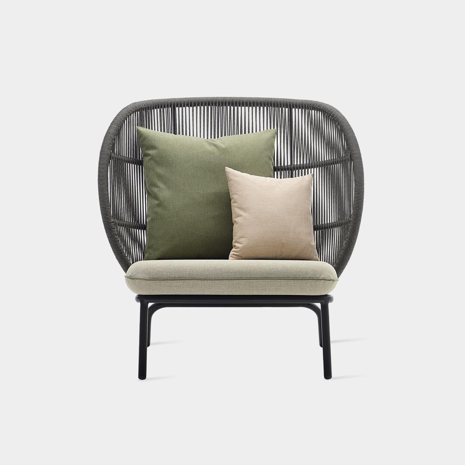 Kodo Cocoon with Deco Cushions